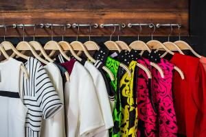clearing closet clutter